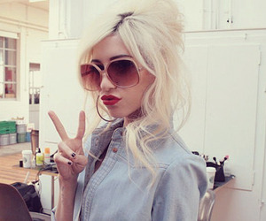 girl, the veronicas, and blonde image