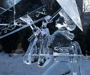 sculptures, ice sculptures woman, and sculptures ice festivals image