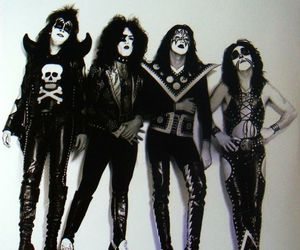 kiss, music, and paul stanley image