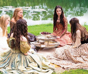 reign, kenna, and mary image