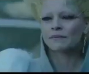 crying, effie, and trinket image