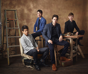 dylan o'brien, ki hong lee, and thomas image