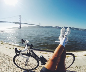 cycling, triathlon, and triathlete image