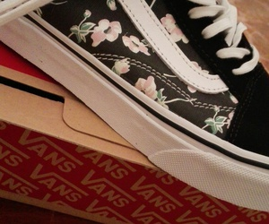 vans, nere, and fiori image