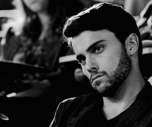actor and jack falahee image