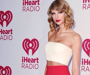 Taylor Swift and lips image