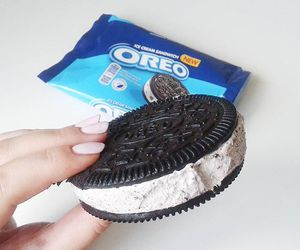 oreo and delicious image