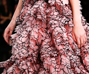 Alexander McQueen, fashion, and haute couture image