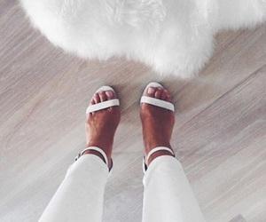 fashion, white, and girl image