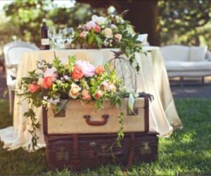 elegante, flores, and mesa image
