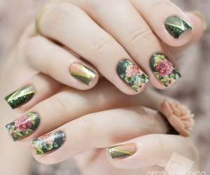classic, nails, and floral image