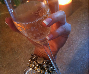 champagne, drink, and nails image
