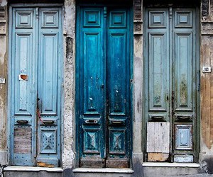 door and blue image
