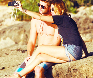 miam, miley cyrus, and liamhemsworth image