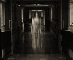 haunted, photography, and woman image