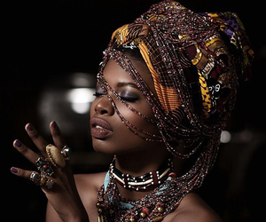 African and african women image