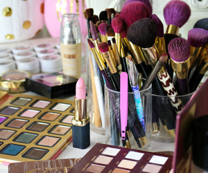 makeup and meggy grace image