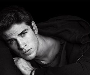 liam hemsworth, Hot, and hunger games image