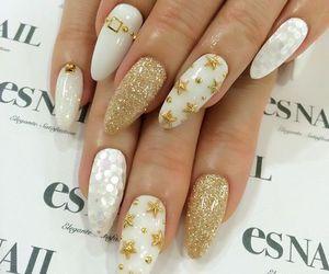 nails and stars image