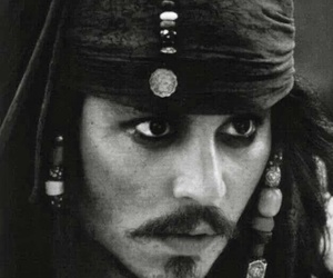 johnny depp, jack sparrow, and black and white image