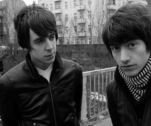alex turner, slash, and the last shadow puppets image