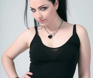 amy lee, musician, and singer image