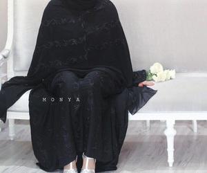 fashion, hijab, and عبايات image