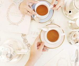 tea and laduree image