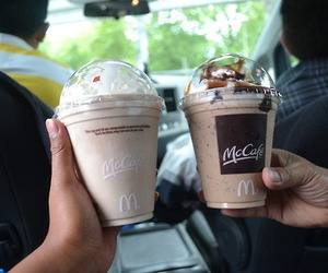 mccafe, photography, and McDonalds image