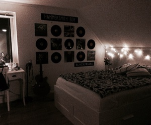 90's, vinyl records, and bedroom image