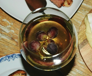 grapes, white wine, and wine image