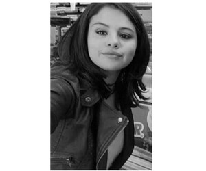 selena gomez, selly, and cute image