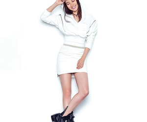 korea, running man, and song ji hyo image