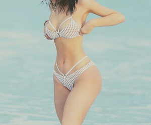 kylie jenner, body, and hair image
