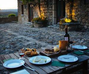 cena, dinner, and outdoor image