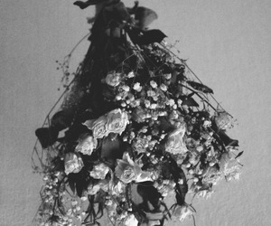 black and white, bouquet, and flowers image