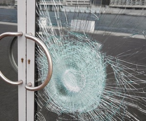 glass, broken, and pale image