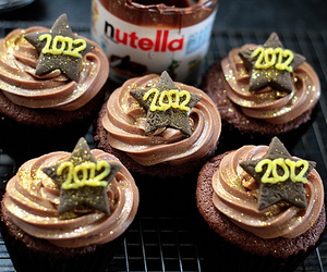 cupcakes, nutella, and 2012 image