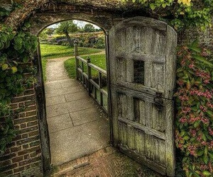 gate and secretgarden image