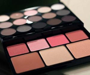 makeup, girly, and cosmetics image