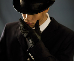 gloves and top hat image