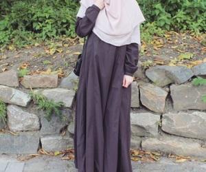 hijab, fall, and khimar image