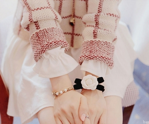 kfashion, cute, and bracelet image