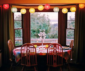 room and table image