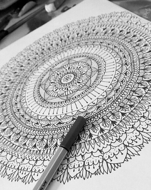 25 Images About Mándalas On We Heart It See More About Drawing