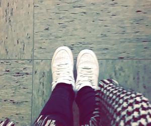 morning, nike, and shoes image