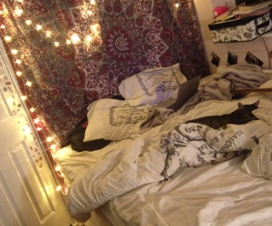 bedroom, cozy, and fairy lights image