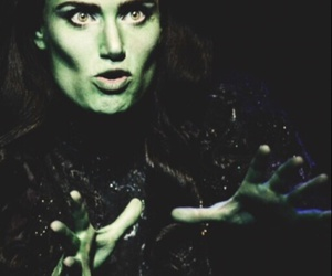idina menzel and wicked image