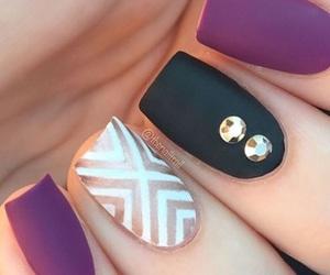 nails and want image
