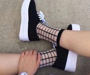 infinity, negro, and zapatos  image
